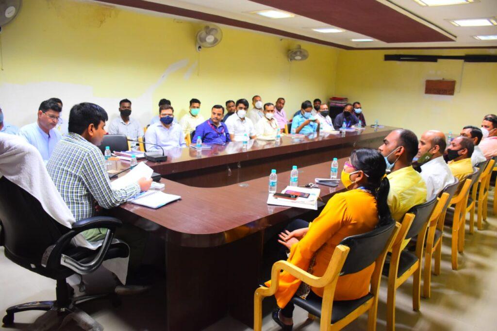 कोरबा जिले की सभी बैंकों के प्रबंधकों की पुलिस ने ली मीटिंग